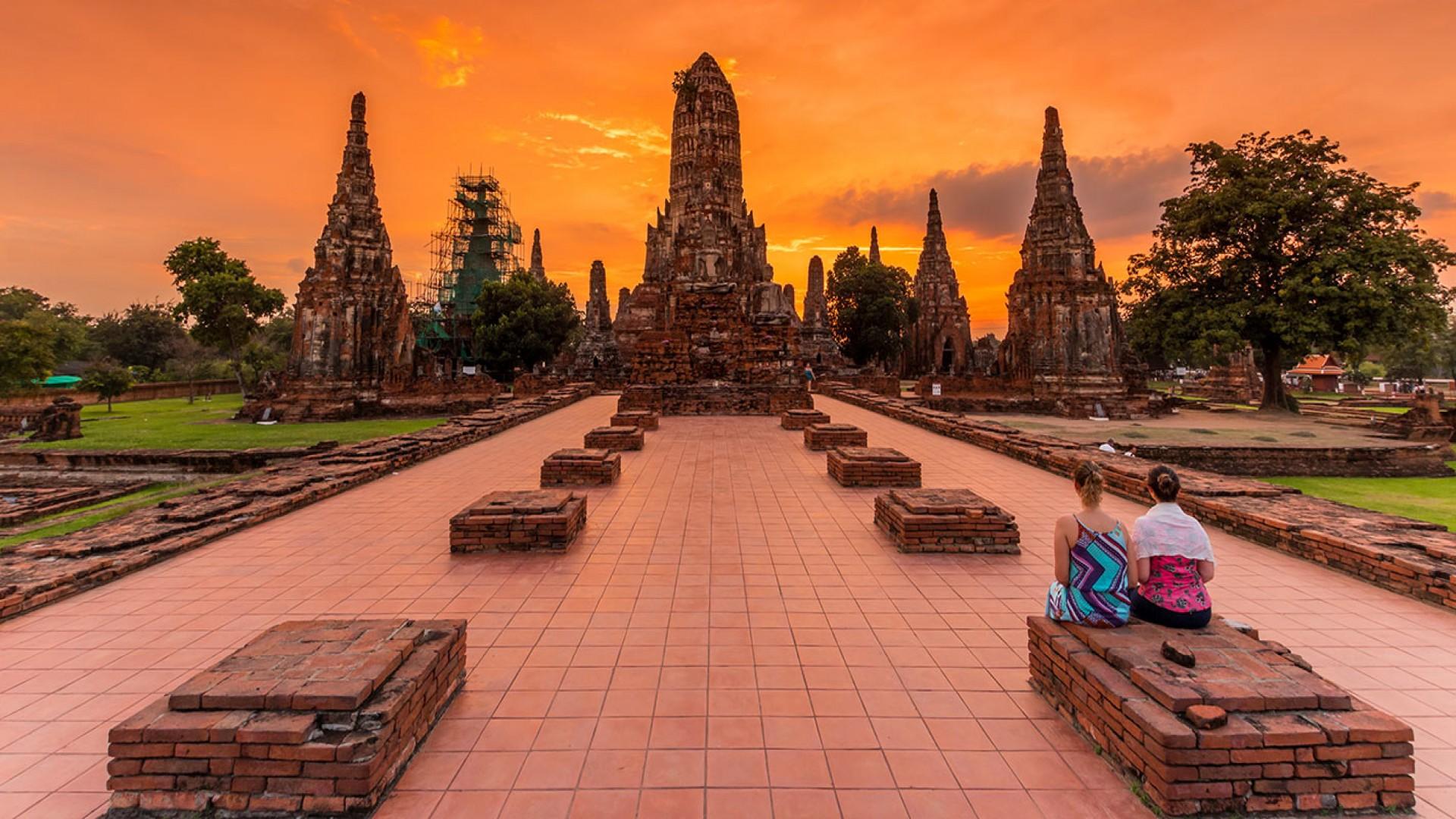AYUTTHAYA - ANCIENT CAPITAL OF THAILAND